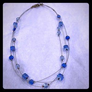 Jewelry - Pretty necklace - beads on metal wire